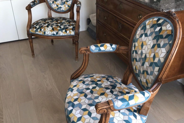 Paire de fauteuils Louise XVI